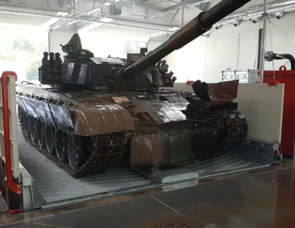 7016 instalatie de spalat vehicule militare mobydick